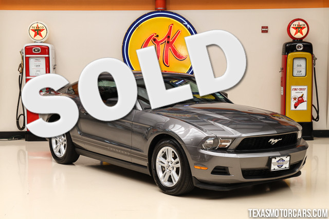 2011 Ford Mustang V6 This Carfax 1-Owner 2011 Ford Mustang V6 is in great shape with only 85 254