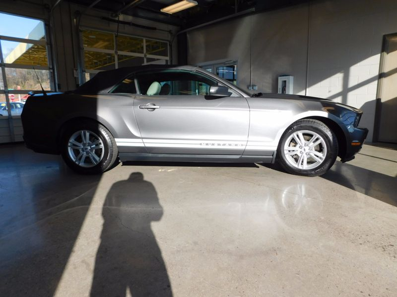 2011 Ford Mustang V6  city TN  Doug Justus Auto Center Inc  in Airport Motor Mile ( Metro Knoxville ), TN