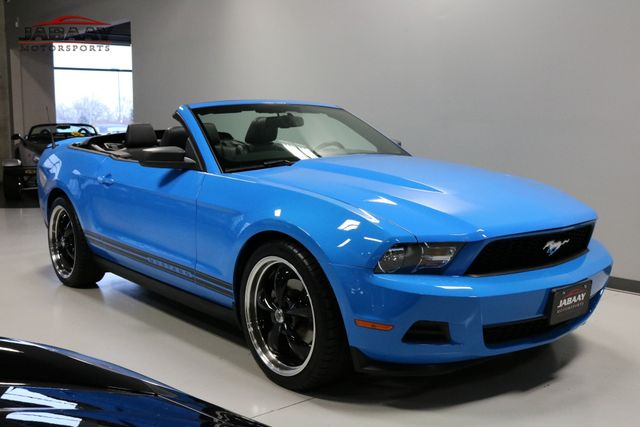 2011 Ford Mustang V6 Premium Merrillville, Indiana 6