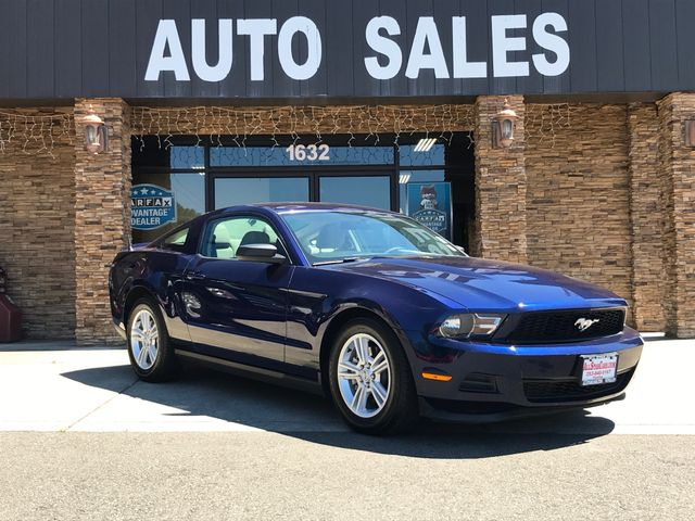2011 Ford Mustang V6 CARFAX One-Owner Blue 2011 Ford Mustang V6 RWD 6-Speed Automatic 37L V6 Ti-