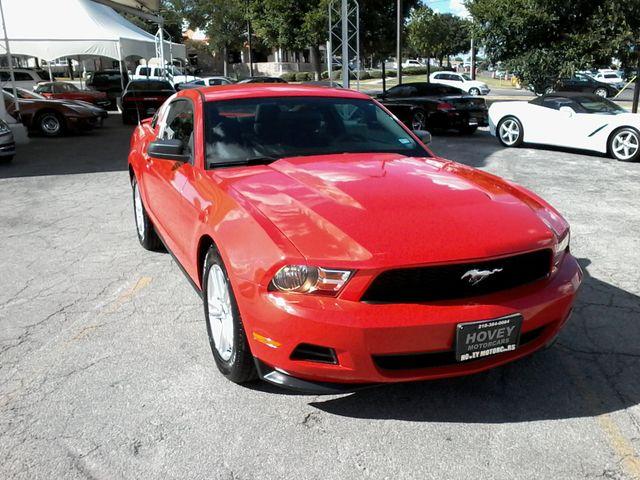 2011 Ford Mustang V6 San Antonio, Texas 1