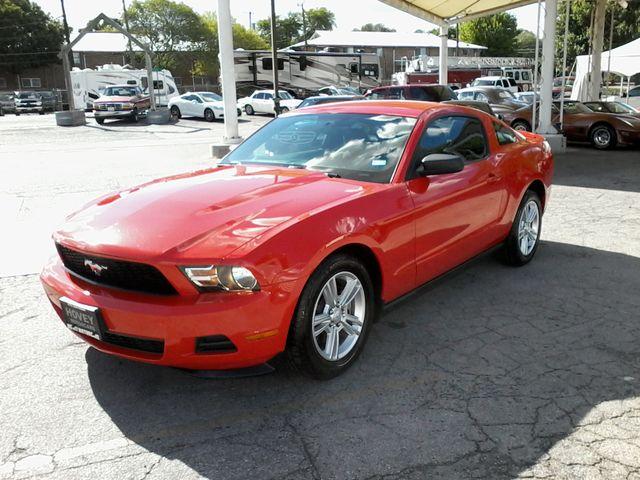 2011 Ford Mustang V6 San Antonio, Texas 3