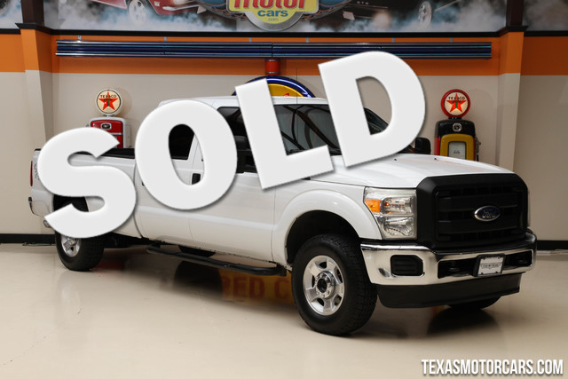 2011 Ford Super Duty F-250 XL This 2011 Ford Super Duty F-250 XL is in great shape with only 192