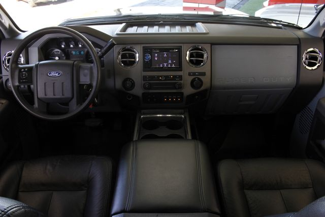 2011 Ford Super Duty F-250 Pickup XLT Crew Cab 4x4 FX4 - LIFTED - $15K IN EXTRA$! Mooresville , NC 29
