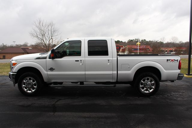 2011 Ford Super Duty F-250 Pickup Lariat Crew Cab 4x4 FX4 - HEATED/COOLED LEATHER! Mooresville , NC 16