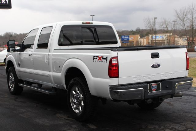 2011 Ford Super Duty F-250 Pickup Lariat Crew Cab 4x4 FX4 - HEATED/COOLED LEATHER! Mooresville , NC 24