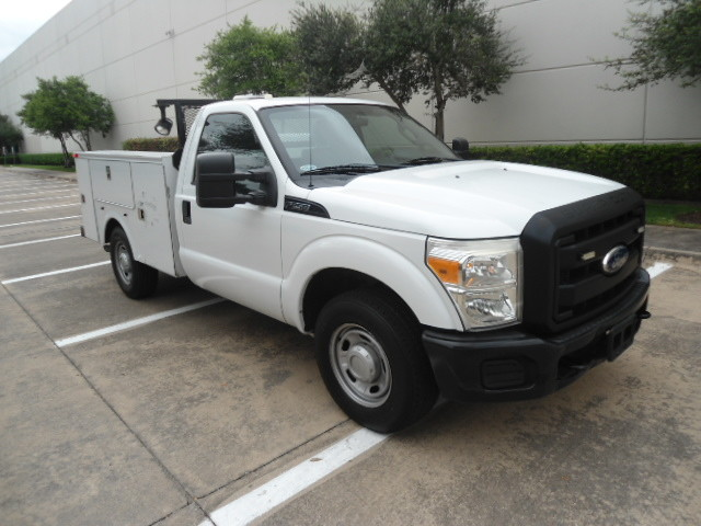 2011 Ford Super Duty F-250 Pickup XL Utility Bed Plano, Texas 0