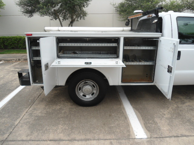 2011 Ford Super Duty F-250 Pickup XL Utility Bed Plano, Texas 4