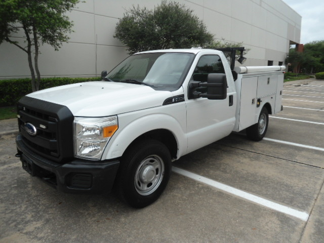 2011 Ford Super Duty F-250 Pickup XL Utility Bed Plano, Texas 7