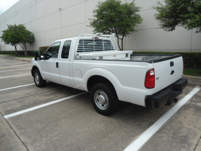 2011 Ford Super Duty F-250 Pickup XL Ext. Cab Plano, Texas 10