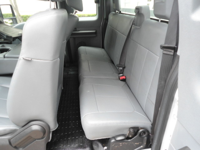 2011 Ford Super Duty F-250 Pickup XL Ext. Cab Plano, Texas 16