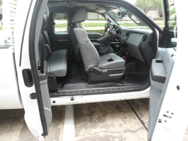 2011 Ford Super Duty F-250 Pickup XL Ext. Cab Plano, Texas 18
