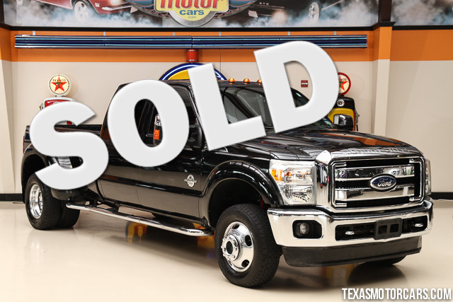 2011 Ford Super Duty F-350 Lariat This 2011 Ford Super Duty F-350 DRW Lariat is in great shape wit
