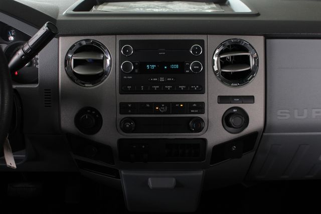 2011 Ford Super Duty F-350 DRW Pickup XLT Crew Cab Long Bed 4x4 FX4 Mooresville , NC 8