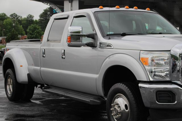 2011 Ford Super Duty F-350 DRW Pickup XLT Crew Cab Long Bed 4x4 FX4 Mooresville , NC 24