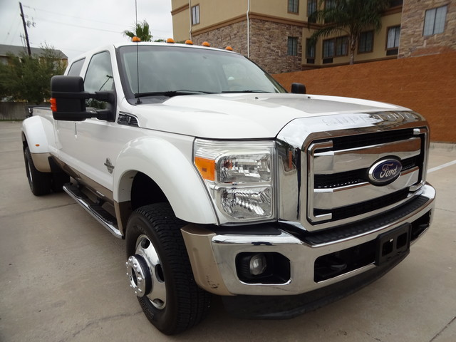 2011 Ford Super Duty F-450 Pickup Lariat Corpus Christi, Texas 1