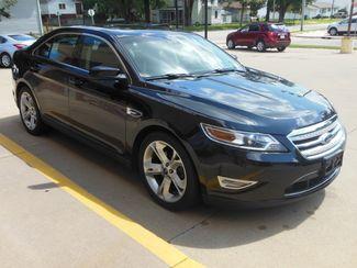 2011 Ford Taurus SHO Clinton, Iowa 1