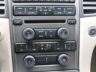 2011 Ford Taurus SEL Clinton, Iowa 9