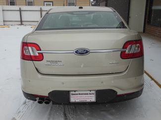 2011 Ford Taurus SEL Clinton, Iowa 20