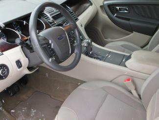 2011 Ford Taurus SEL Clinton, Iowa 4