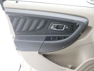 2011 Ford Taurus SEL Clinton, Iowa 6