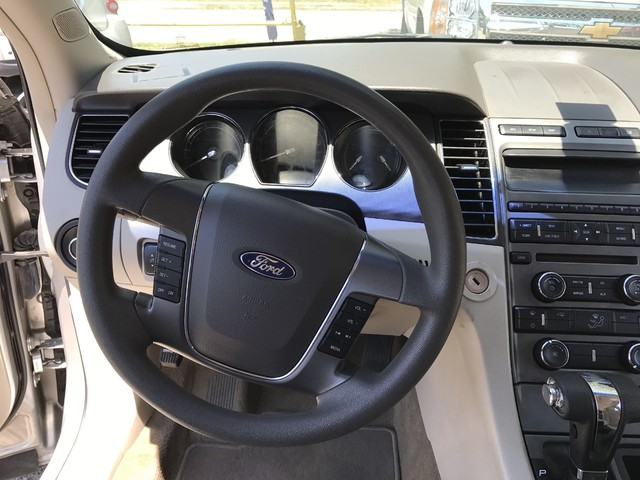 2011 Ford Taurus SE Houston, TX 17