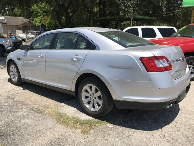 2011 Ford Taurus SE Houston, TX 5