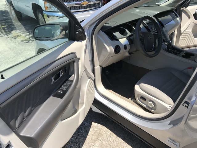 2011 Ford Taurus SE Houston, TX 10
