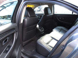 2011 Ford Taurus Limited Milwaukee, Wisconsin 8