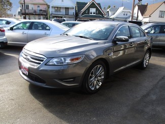 2011 Ford Taurus Limited Milwaukee, Wisconsin 2