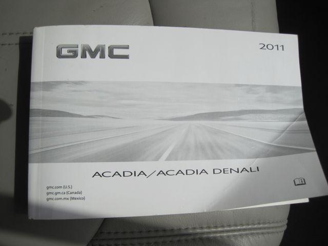 2011 GMC Acadia SLT, Nav, Leather, Sun Roof, DVD, Low Miles Plano, Texas 40