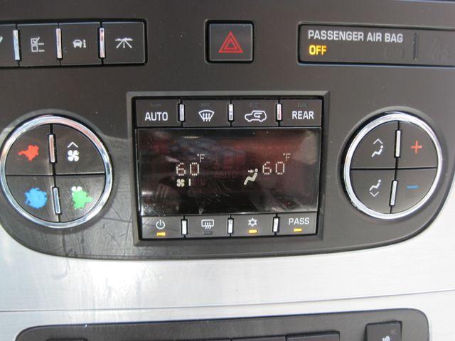 2011 GMC Acadia SLT, Nav, Leather, Sun Roof, DVD, Low Miles Plano, Texas 27