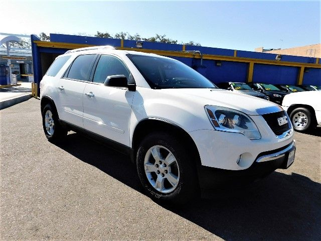 2011 GMC Acadia SLE Limited warranty included to assure your worry-free purchase AutoCheck report