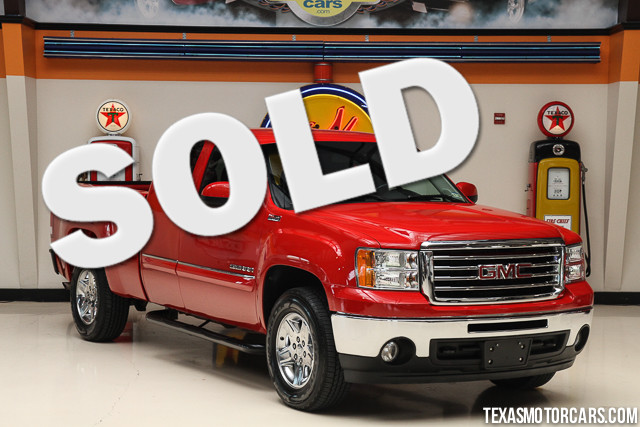2011 GMC Sierra 1500 SLE This Carfax 1-Owner accident-free 2011 GMC Sierra 1500 SLE 4x4 is in gre