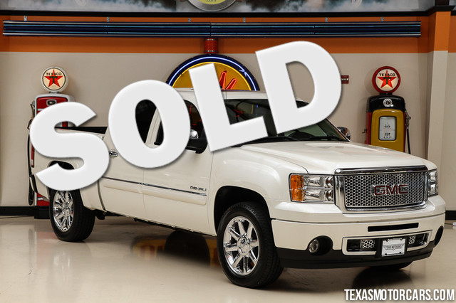 2011 GMC Sierra 1500 Denali This Carfax 1-Owner 2011 GMC Sierra 1500 Denali is in great shape with