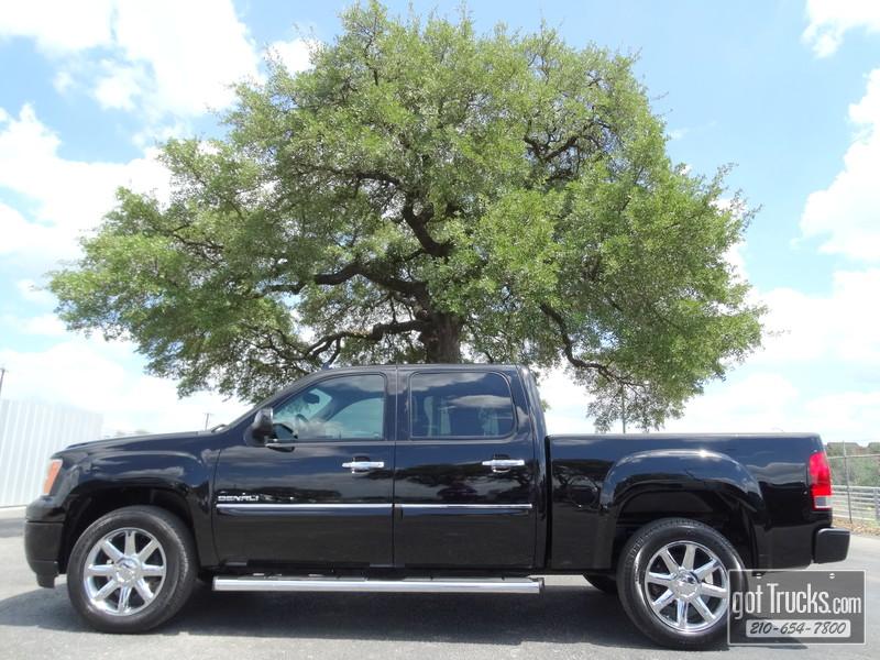 2011 GMC Sierra 1500 Crew Cab Denali 6.2L V8 in San Antonio Texas
