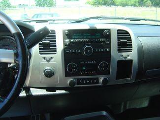 2011 GMC Sierra 1500 SLE San Antonio, Texas 11