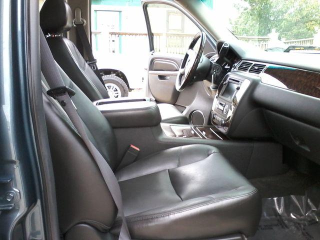 2011 GMC Sierra 2500HD Denali 4X4 San Antonio, Texas 13