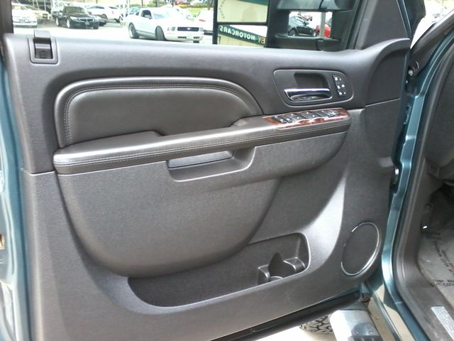2011 GMC Sierra 2500HD Denali 4X4 San Antonio, Texas 15