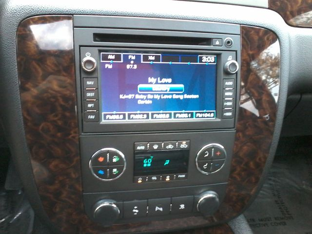 2011 GMC Sierra 2500HD Denali 4X4 San Antonio, Texas 19