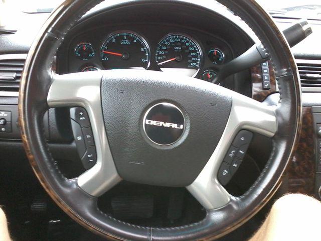 2011 GMC Sierra 2500HD Denali 4X4 San Antonio, Texas 25