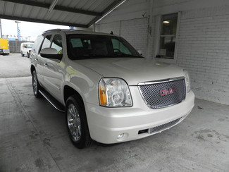2011 GMC Yukon Denali in New Braunfels, TX