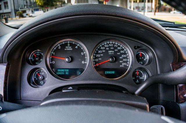 2011 GMC Yukon Denali  4WD - AUTO - NAVI - DVD - TOW PKG Reseda, CA 15
