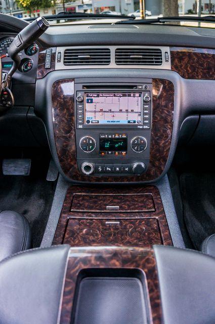 2011 GMC Yukon Denali  4WD - AUTO - NAVI - DVD - TOW PKG Reseda, CA 20