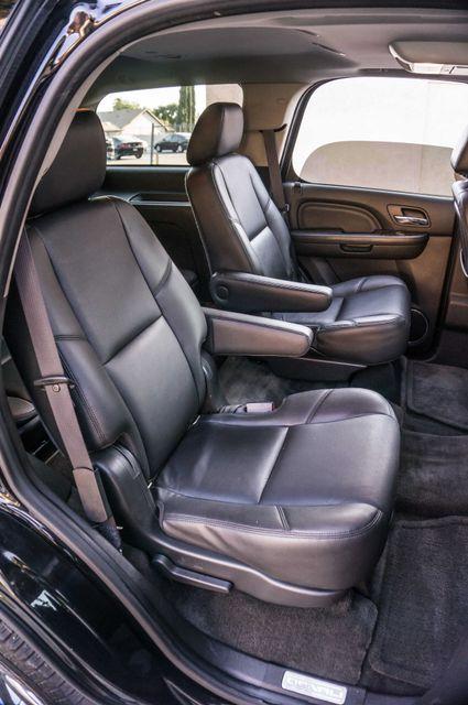2011 GMC Yukon Denali  4WD - AUTO - NAVI - DVD - TOW PKG Reseda, CA 30