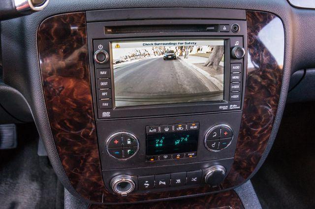 2011 GMC Yukon Denali  4WD - AUTO - NAVI - DVD - TOW PKG Reseda, CA 24
