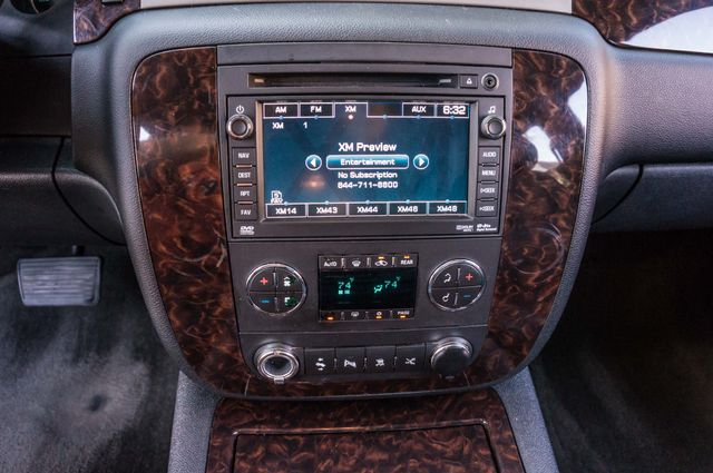 2011 GMC Yukon Denali  4WD - AUTO - NAVI - DVD - TOW PKG Reseda, CA 23