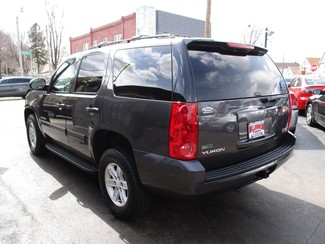 2011 GMC Yukon SLE Milwaukee, Wisconsin 5