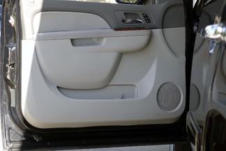 2011 GMC Yukon SLT * 1-OWNER * Quads * 20's * SUNROOF * A/C Seats Plano, Texas 38