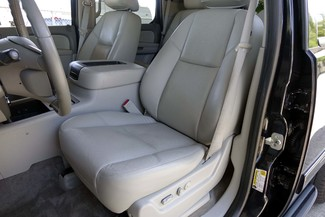2011 GMC Yukon SLT * 1-OWNER * Quads * 20's * SUNROOF * A/C Seats Plano, Texas 12